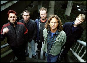 Pearl Jam se opusieron a TicketMaster y ésta los dejó sin actuar durante varios meses
