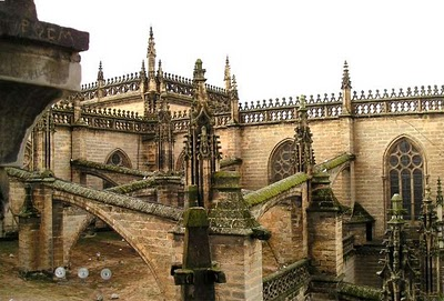 Arbotantes de la catedral de Sevilla