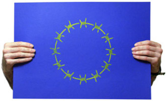 Europa con alambre de espinos